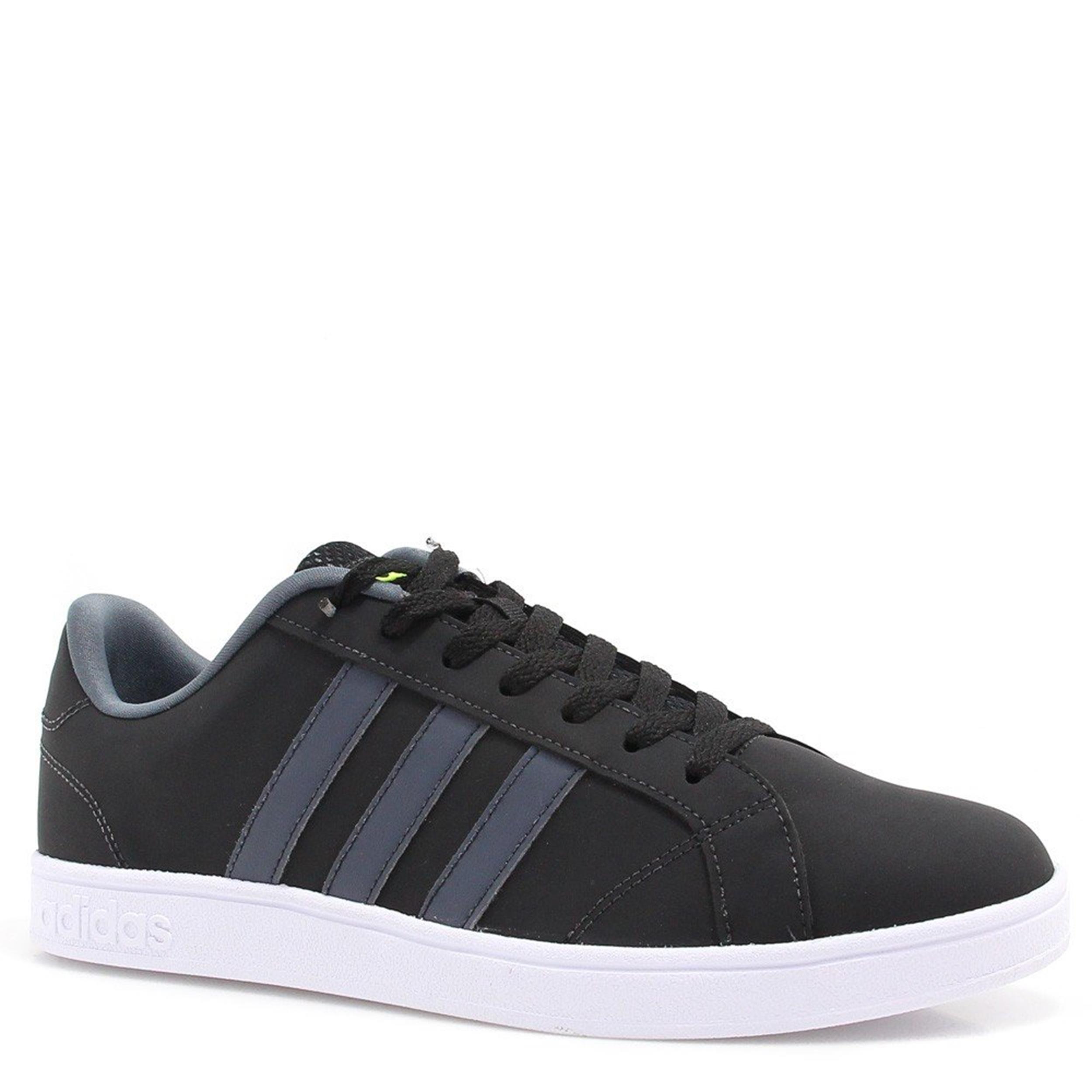 22bd9a46136 Tênis Adidas - Casuais e Esportivos