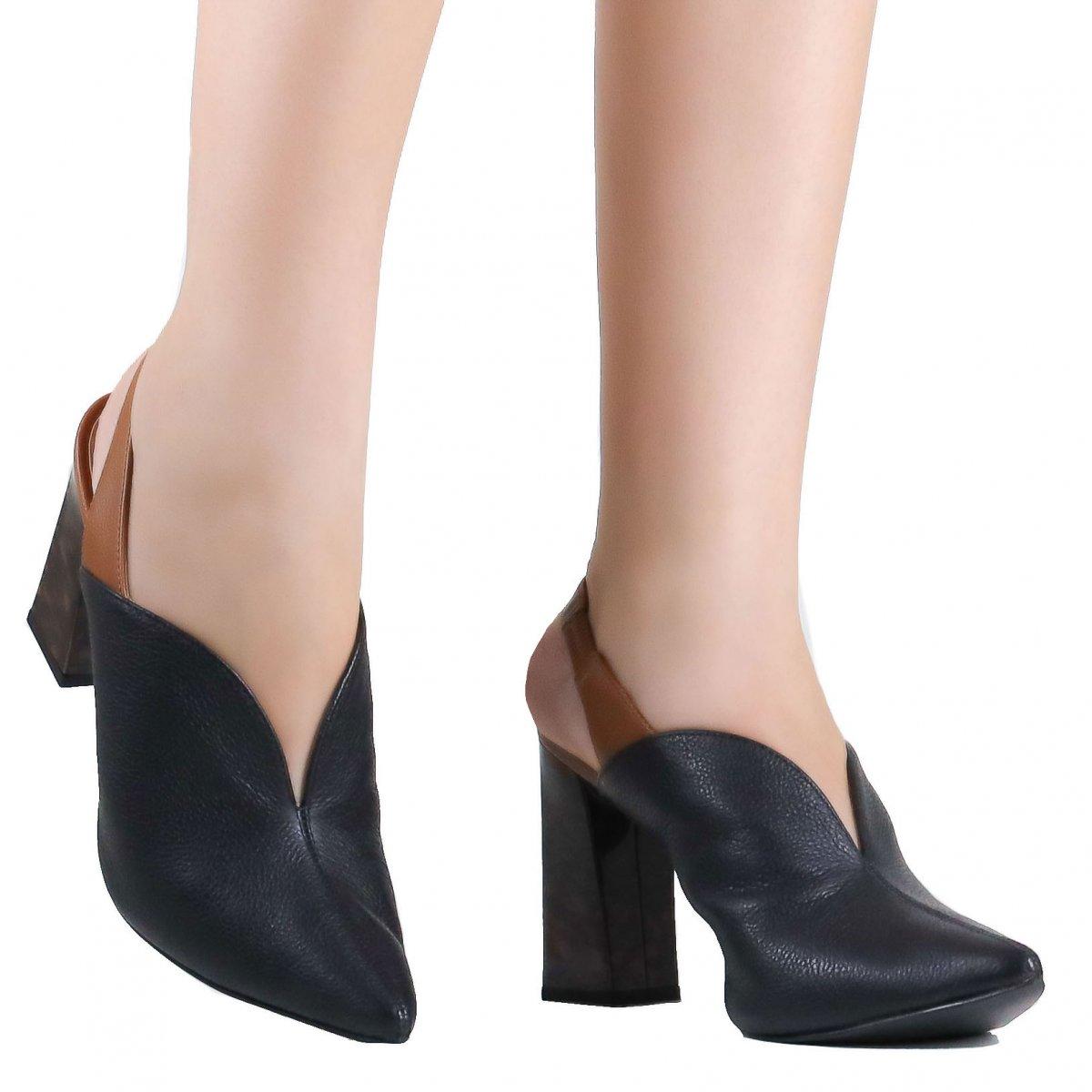9b2302071 Sapato Loucos e Santos Chanel Slingback Couro | Betisa