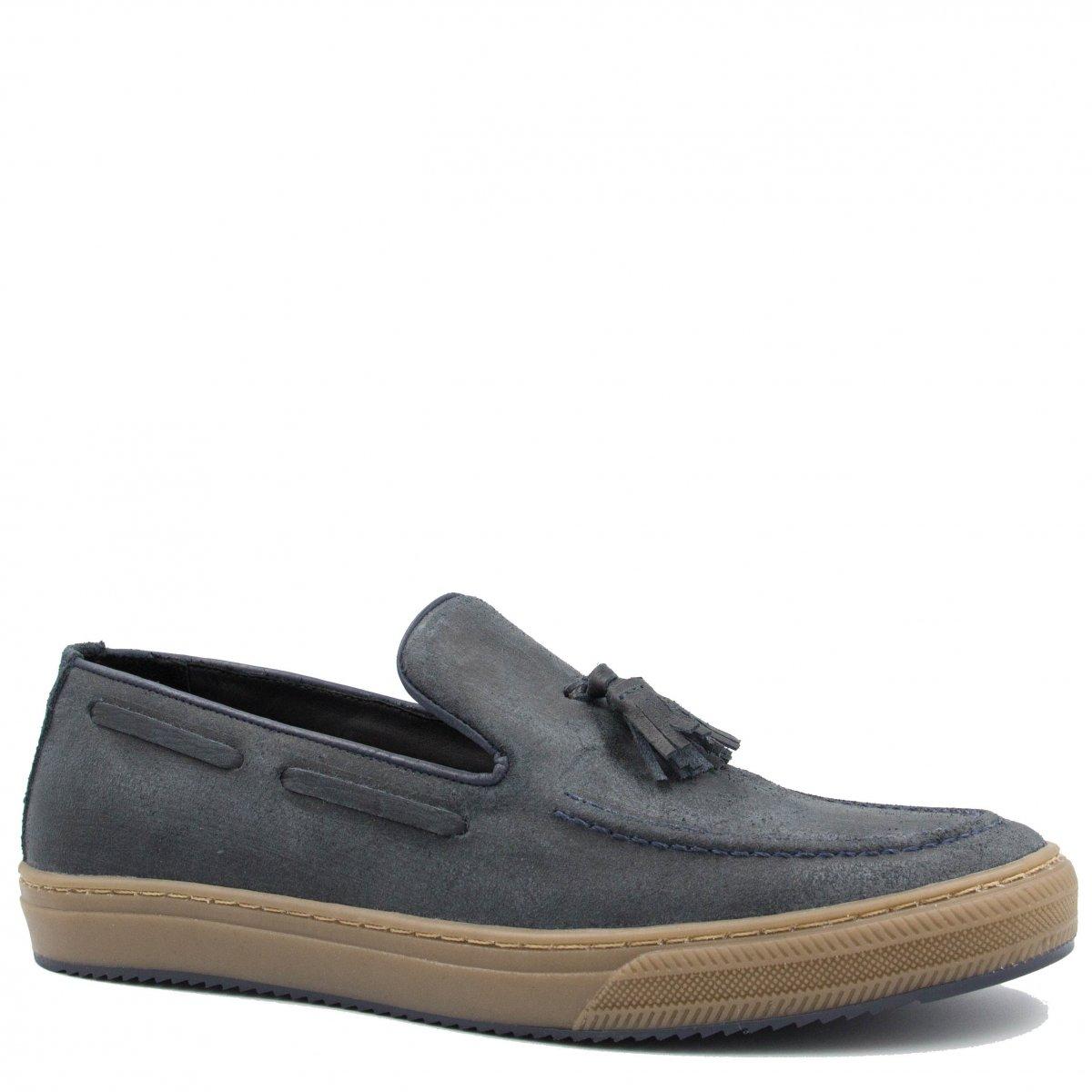 f44cd307b0 Sapato Zariff Shoes Mocassim em Couro Barbicacho 31018